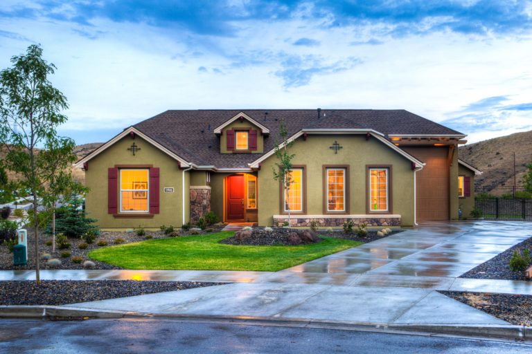 lighted-beige-house-1396132